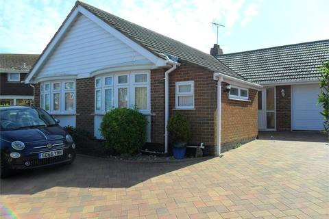 4 bedroom detached bungalow to rent - Seapoint Road Broadstairs kent CT101TH