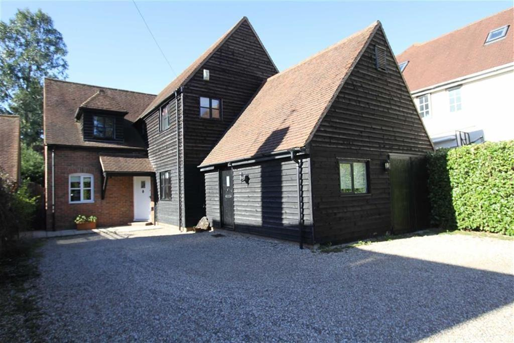 4 Bedrooms Detached House for sale in Stock Road, Billericay