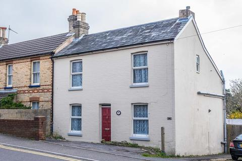 3 bedroom end of terrace house for sale - Albert Road, Parkstone, Poole