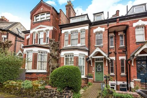 2 bedroom flat for sale - Church Crescent, Muswell Hill, N10
