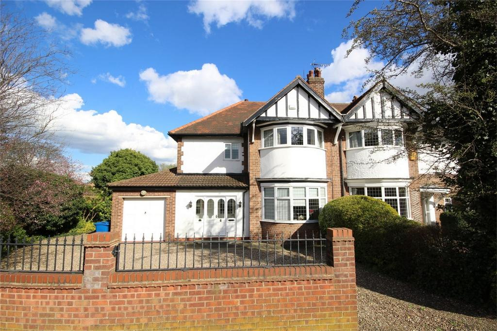 4 Bedrooms Semi Detached House for sale in Hull Road, Cottingham, East Riding of Yorkshire
