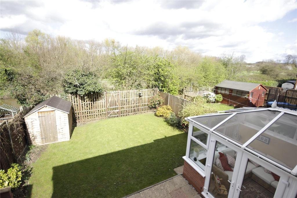 4 Bedrooms Detached House for sale in Drovers Way, Worcester