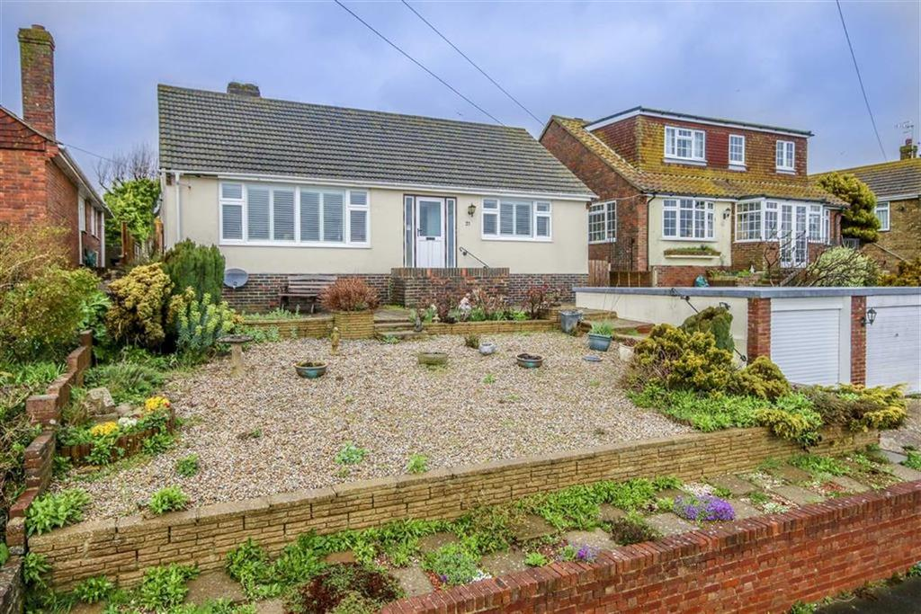 3 Bedrooms Detached Bungalow for sale in Rookery Way, Seaford