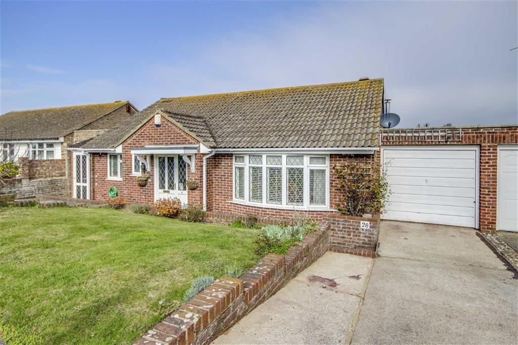 3 Bedrooms Detached Bungalow for sale in Dukes Close, SEAFORD