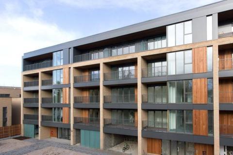 2 bedroom apartment to rent - Green Lane, Trumpington, Cambridge