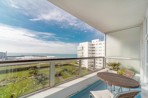 2 bedroom flat to rent - Marine Gate, Marine Drive, Brighton, BN2