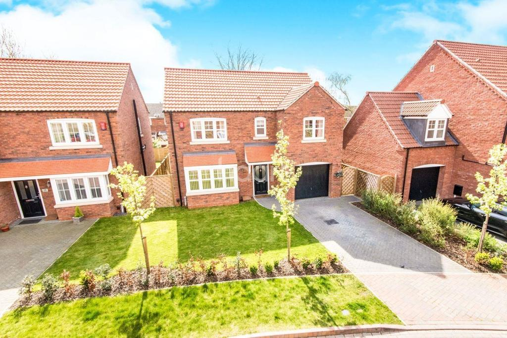 4 Bedrooms Detached House for sale in Grafham Drive, Waddington