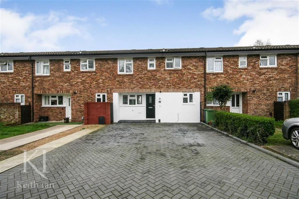 3 Bedrooms Terraced House for sale in Glamis Close, West Cheshunt