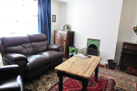 1 bedroom flat to rent - Doggy Friendly Hove Apartment