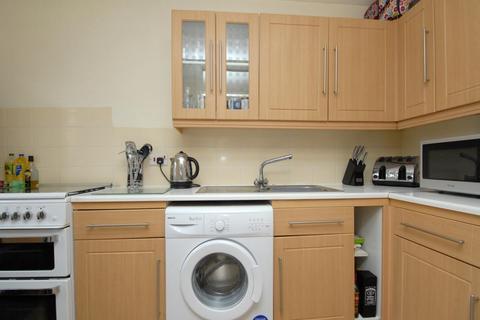 2 bedroom flat to rent - Sheridan Way Beckenham BR3