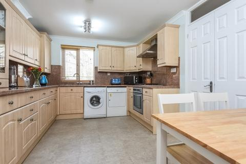 3 bedroom house to rent - Chargrove Close Surrey Quays SE16
