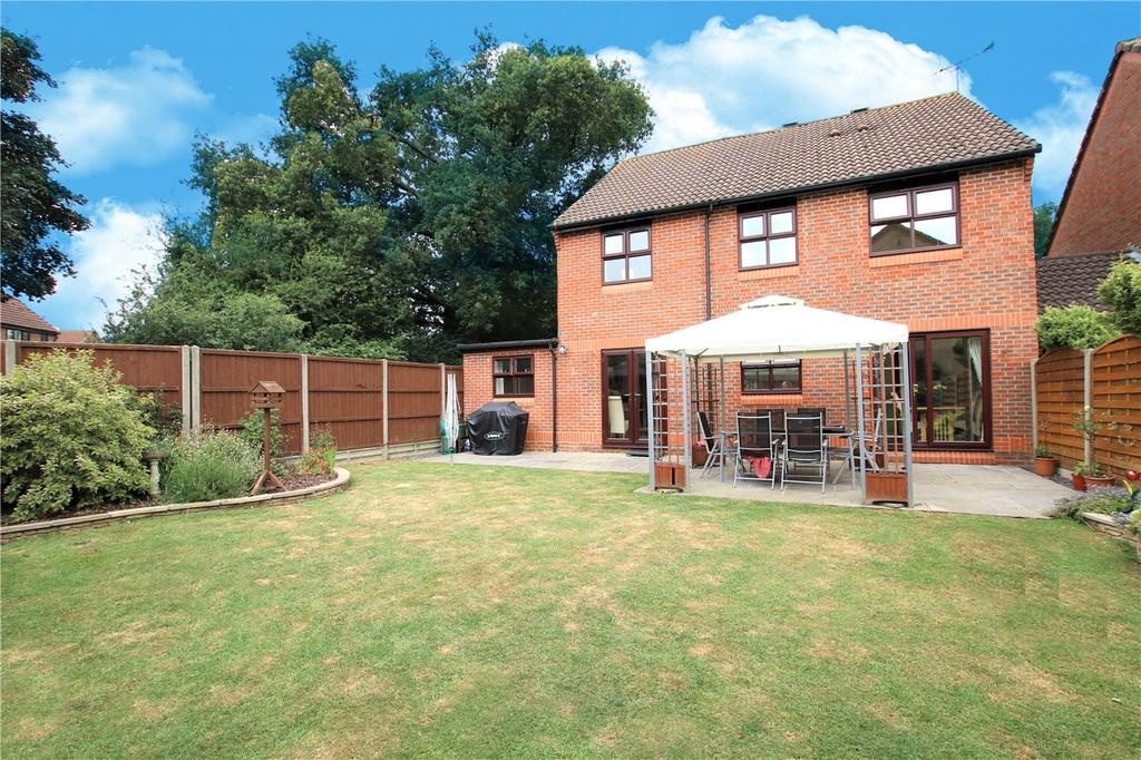 5 Bedrooms Detached House for sale in Mint Close, Lower Earley, Reading, Berkshire, RG6