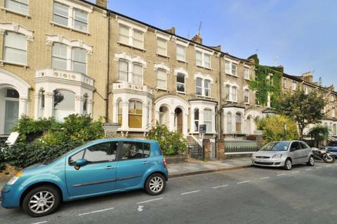 2 bedroom flat to rent - Coverdale Road, Shepherds Bush, London, W12