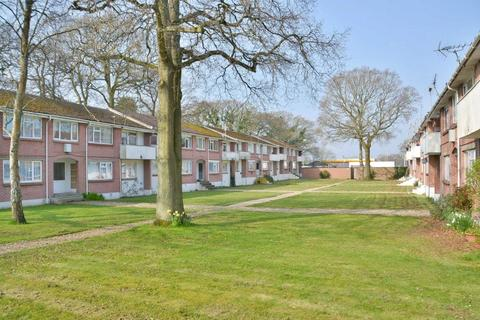2 bedroom flat for sale - Plantation Court, Poole, BH17 9LW