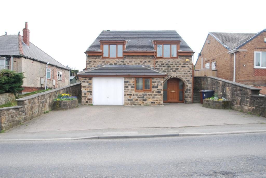 4 Bedrooms Detached House for sale in Barugh Lane, Barugh Green S75