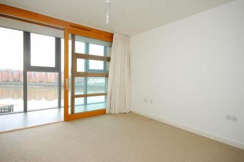 2 bedroom apartment to rent - Falcon Wharf, Battersea