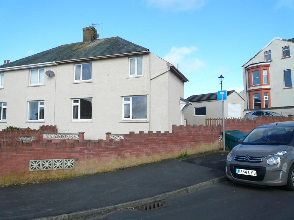 3 Bedrooms Semi Detached House for sale in Camp Road, Maryport