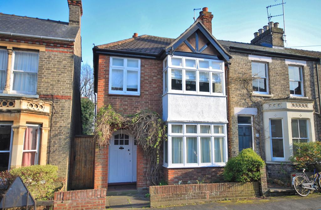 3 Bedrooms Town House for sale in Carlyle Road, Cambridge