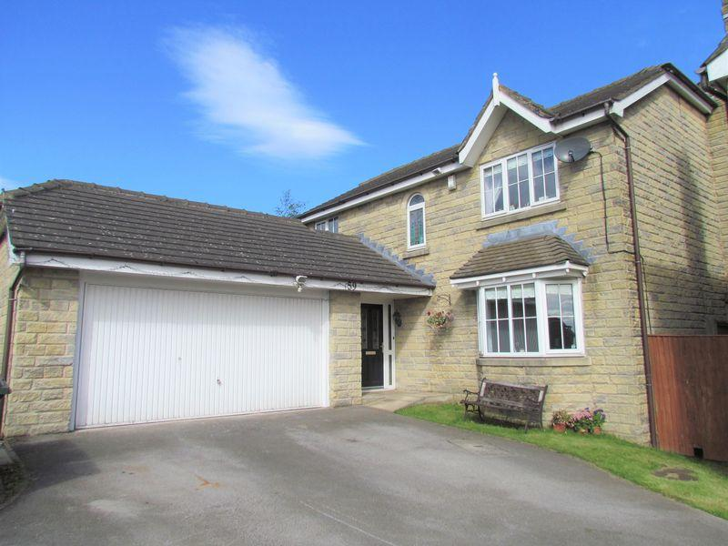 4 Bedrooms Detached House for sale in Oakhall Park, Thornton