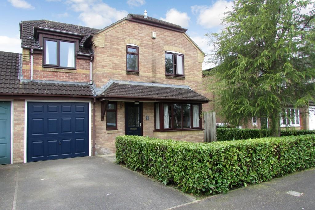 4 Bedrooms Link Detached House for sale in Blagdon Walk, Frome