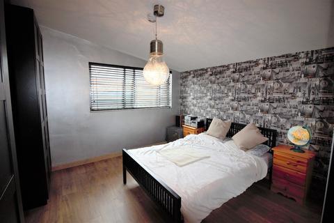 1 bedroom flat share to rent - Stuart Road, Maida Vale NW6