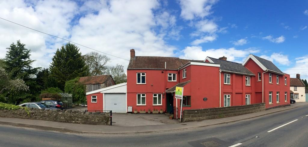 5 Bedrooms Detached House for sale in Coxley, Wells