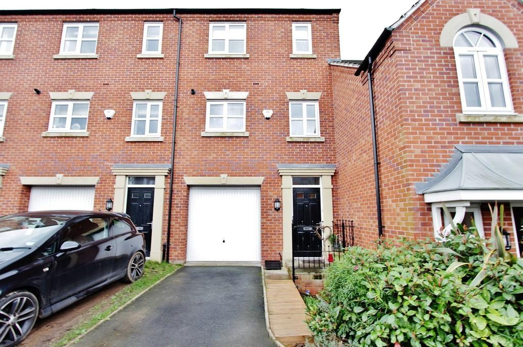 3 Bedrooms Town House for sale in Lowes Drive, Tamworth