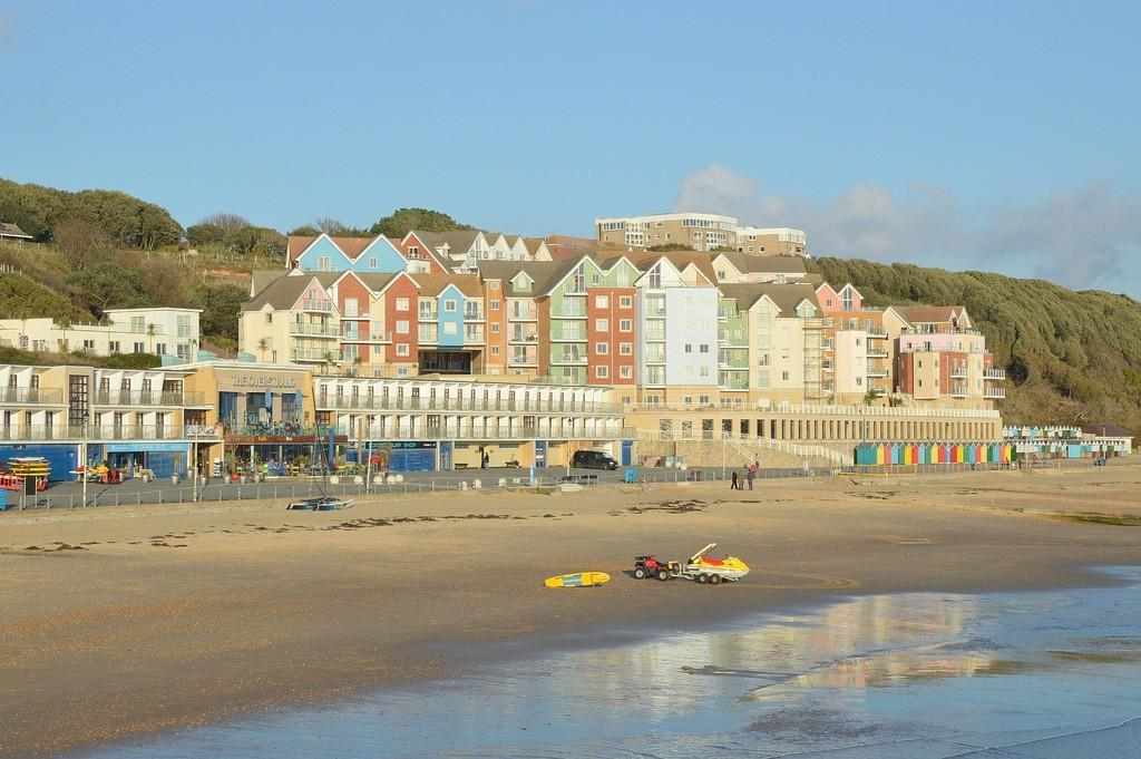 1 Bedroom Apartment Flat for sale in Honeycombe Beach, Honeycombe Chine, BOURNEMOUTH