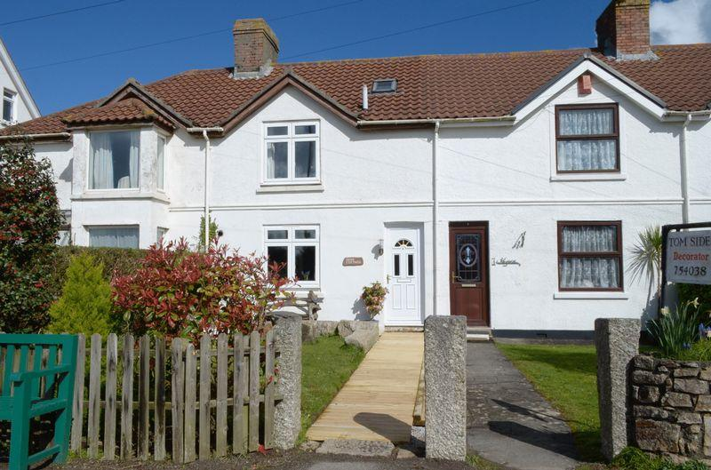 3 Bedrooms Terraced House for sale in Tyringham Row, St Ives