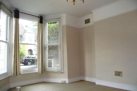 2 bedroom ground floor flat to rent - Wellesley Road, Chiswick,  London W4