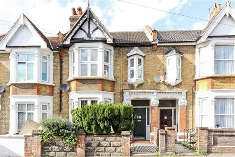 4 bedroom terraced house for sale - Colchester Road, Leyton