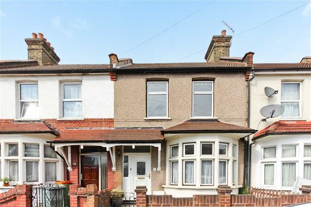 2 Bedrooms House for sale in Melford Road, East Ham