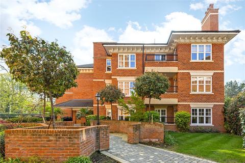 2 bedroom flat to rent - Varley Drive, Twickenham, TW1