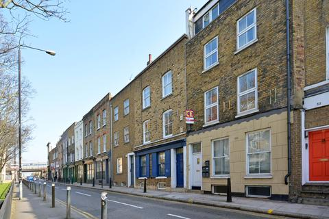 2 bedroom flat to rent - Cannon Street Road, Shadwell, London