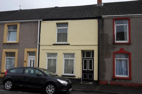 1 bedroom apartment to rent - Top Floor Flat, Oxford Street, Sandfields, Swansea. SA1 3JJ