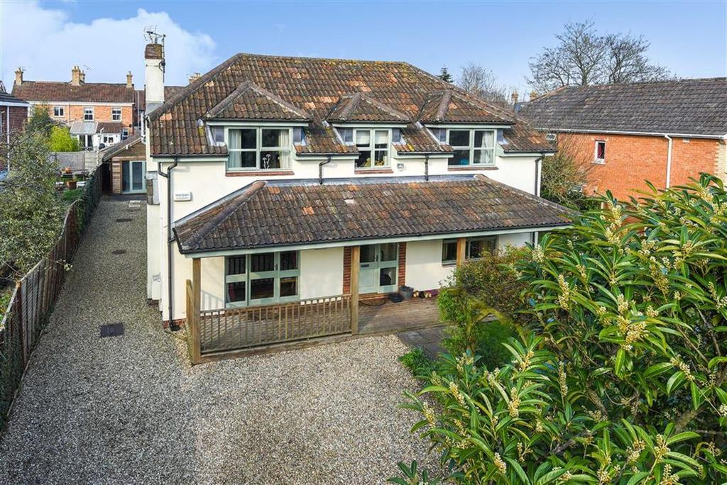 5 Bedrooms Detached House for sale in College Road, Taunton, Somerset, TA2
