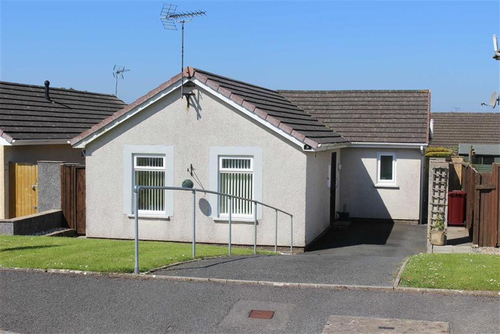 2 Bedrooms Detached Bungalow for sale in Millfields Close, Pentlepoir