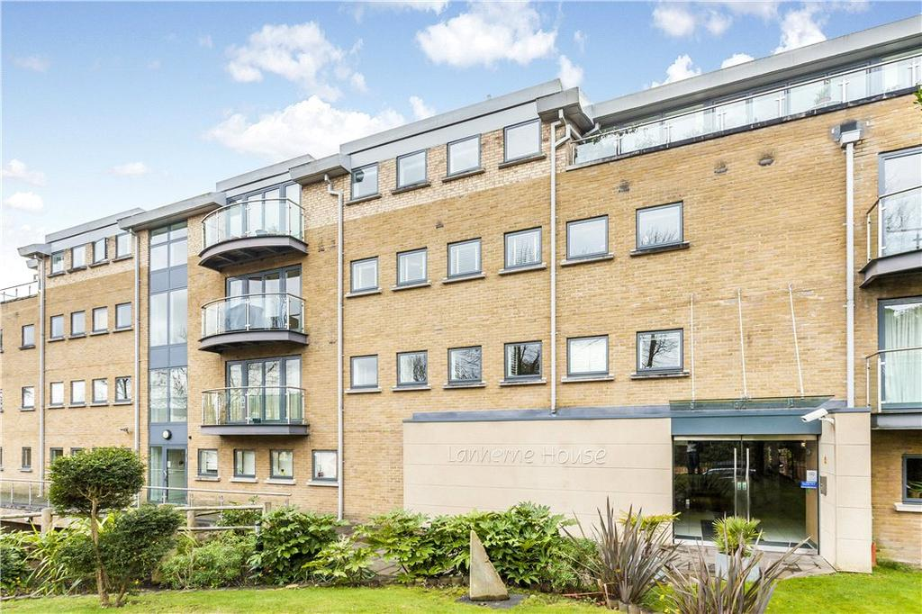 2 Bedrooms Flat for sale in Lanherne House, 9 The Downs, London, SW20