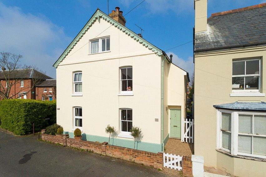 4 Bedrooms Semi Detached House for sale in Union Road, Bridge, Canterbury, Kent