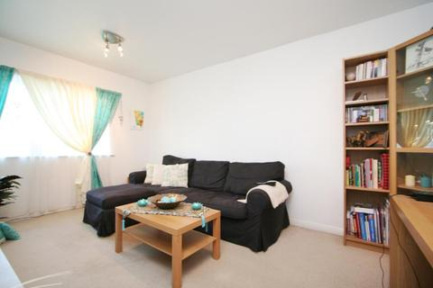 1 bedroom apartment to rent - Grasgarth Close, LONDON, W3