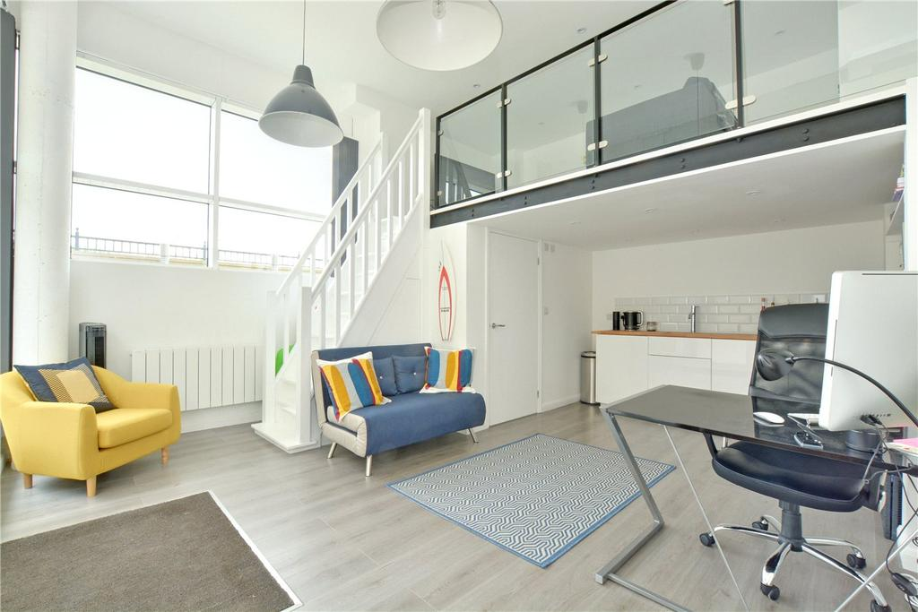 2 Bedrooms Semi Detached House for sale in Wharf Street, Deptford, London, SE8