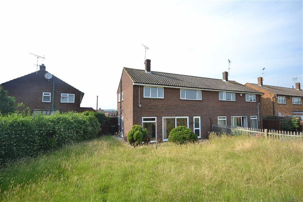 3 Bedrooms Semi Detached House for sale in Middle Boy, Abridge, Essex