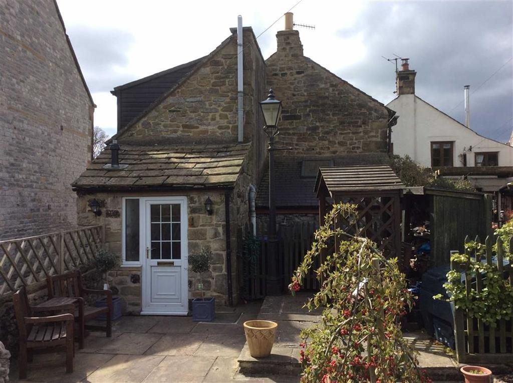 2 Bedrooms Cottage House for sale in Rose Cottage, Great Hucklow, Near Buxton, Derbyshire, SK17
