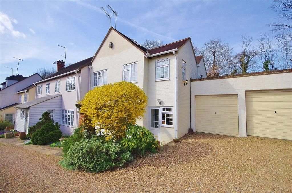 4 Bedrooms End Of Terrace House for sale in Heath Farm Court, Grove Mill Lane, Watford, Hertfordshire, WD17