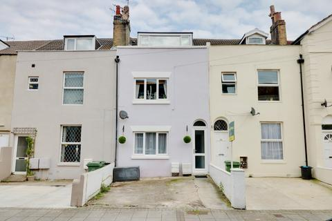 1 bedroom ground floor flat for sale - Beach Road, Southsea