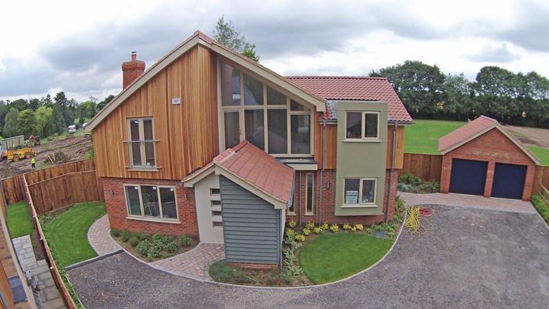 5 Bedrooms Detached House for sale in Long Street, Great Ellingham, Attleborough
