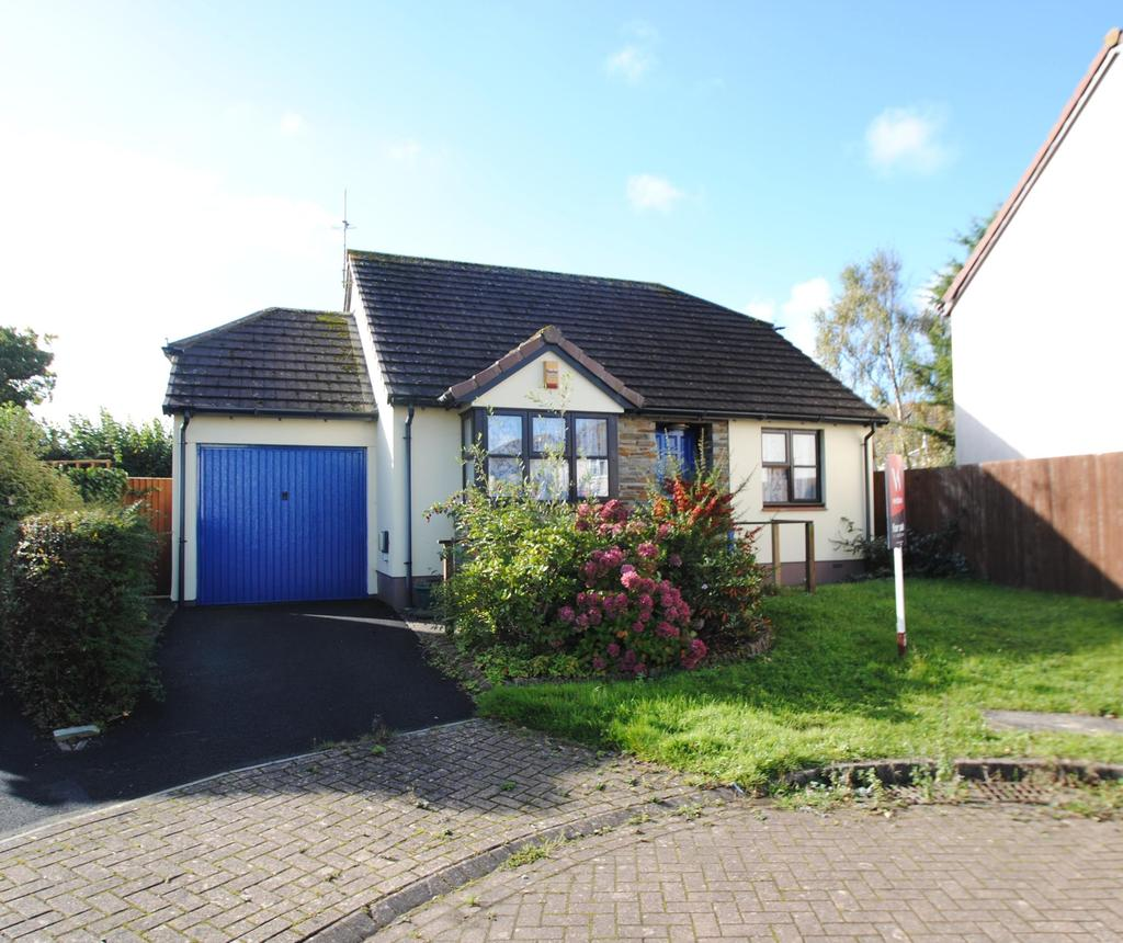 2 Bedrooms Bungalow for sale in Wester-Moor Close, Roundswell