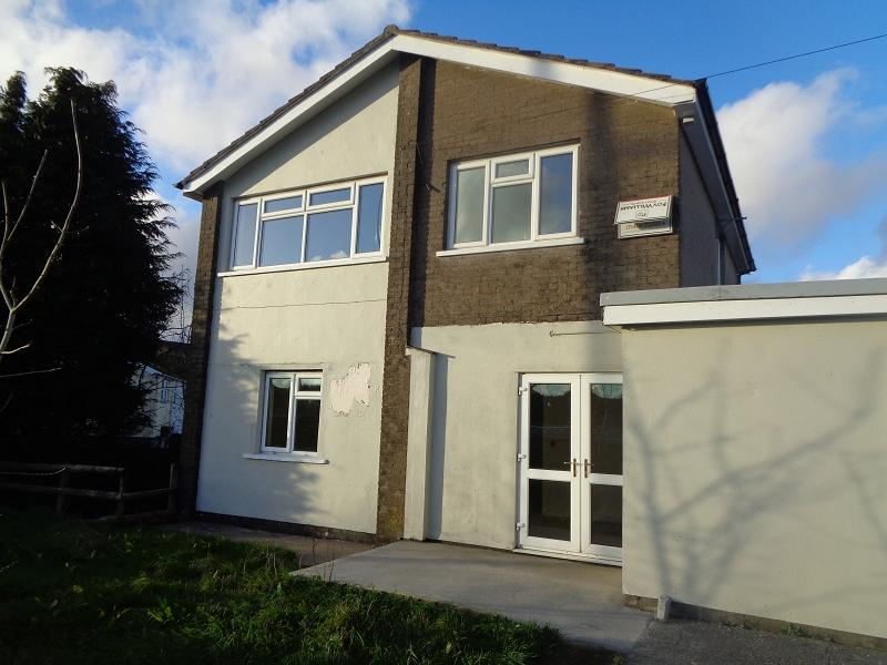 4 Bedrooms Detached House for sale in Pantydwr Nantybwch, Tredegar, Blaenau Gwent.
