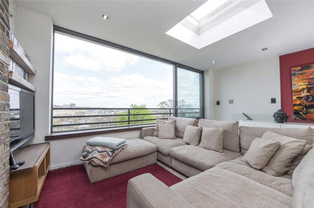 3 Bedrooms Flat for sale in Ospringe Road, Kentish Town, London