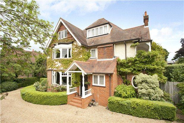 7 Bedrooms Detached House for sale in Aldersey Road, Guildford, Surrey